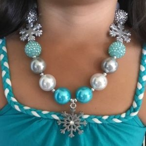 Chunky bubblegum beaded necklace